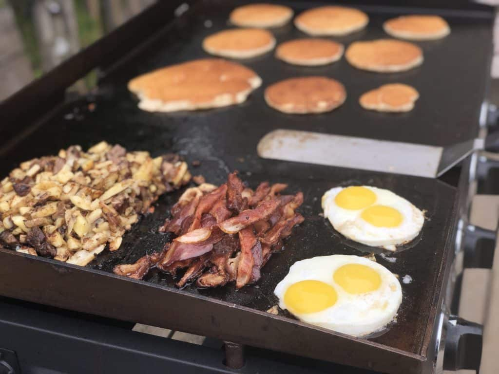 cleaning a blackstone griddle