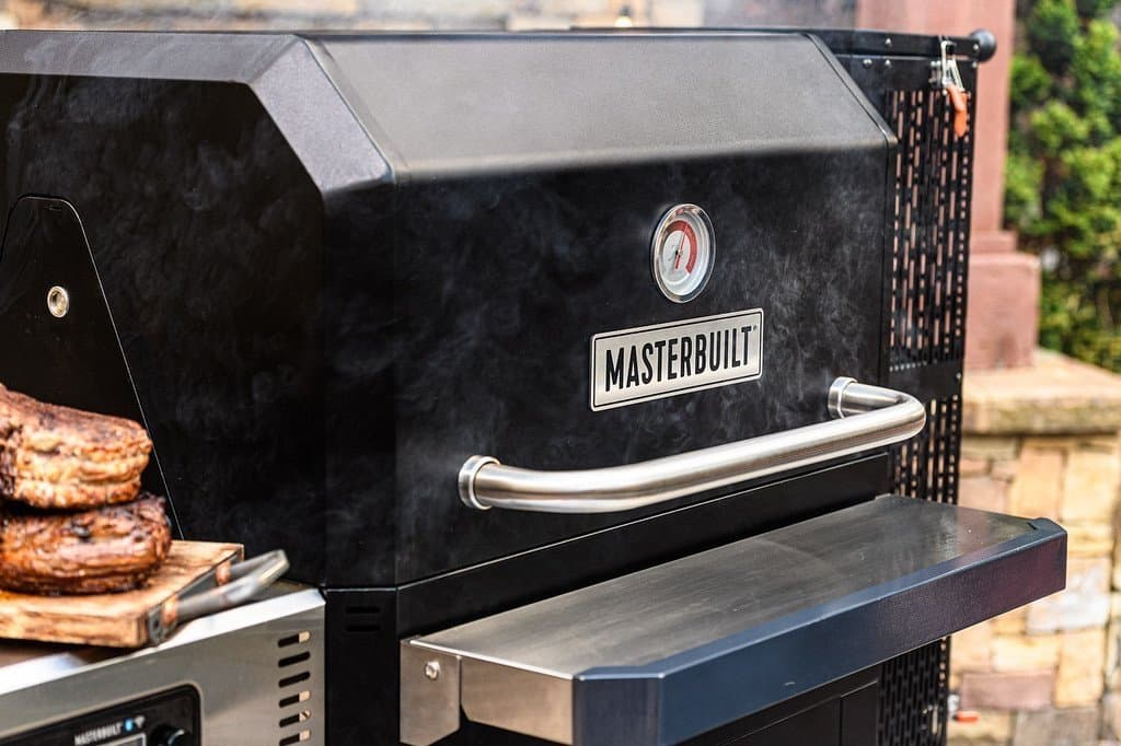 charcoal smokers for beginners